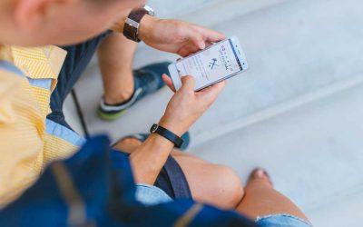 """Wie du das Neuzeit-Phänomen """"Handy-Nacken"""" umgehst"""